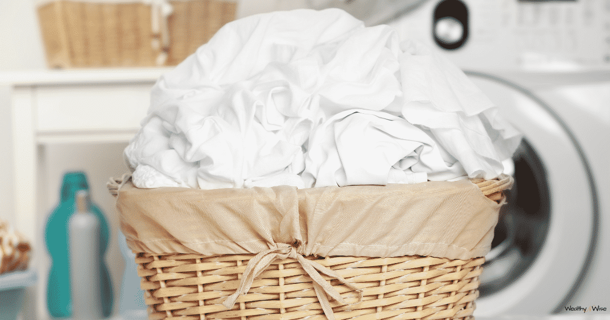 Do you ever wonder how people keep their whites so, well, white? I did too! SO I decided to find out! You can check out my findings here! #laundryhacks