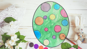 Paint by Number easy eater egg craft | A quick and mess free craft that turns out beautifully.